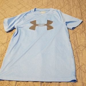 Baby blue boys YM under armour heat gear t-shirt